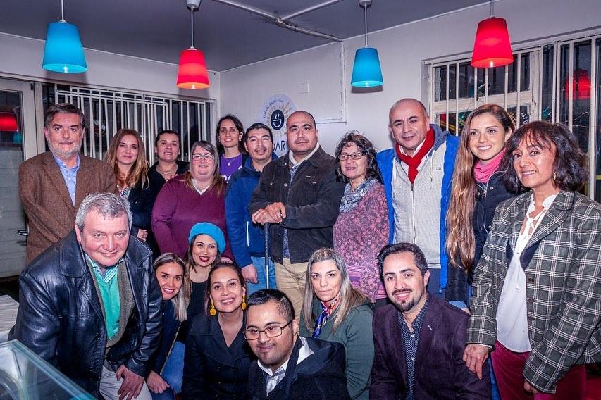 Conversando de Inclusión laboral en café inclusivo de Concepción
